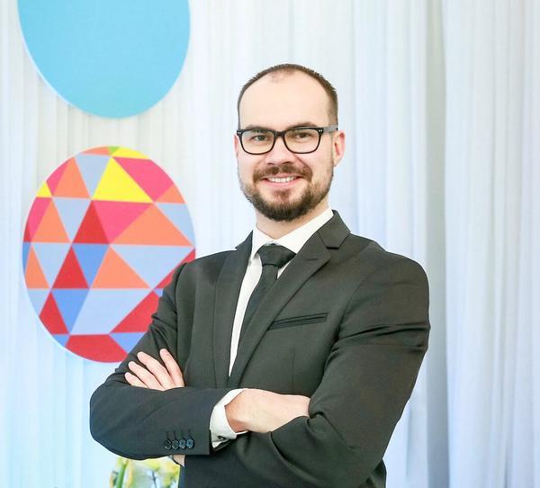 Õhtujuht ja konferansjee Jevgeni Timoštšuk