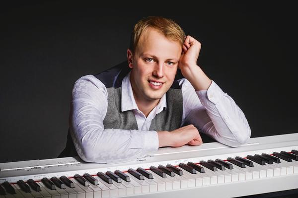 Pianist Lauri Lehtsaar: